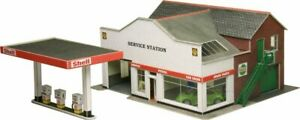 METCALFE 00 gauge layout  scenic, kit No:P0281 Service station.