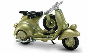 Vespa 125 6 Giorni (1952) in Gold (1:32 scale by New-Ray Toys 06043C)
