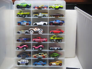 HOT WHEELS LOT OF 48 CARS WITH CASE ALL MINT GREAT STARTER COLLECTION  &