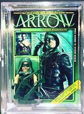 Green Arrow Custom Mini Action Figure w Case & Lego Stand 368 Comic Minifigure