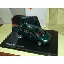 Voitures de tourisme miniatures verts Peugeot
