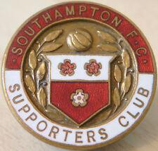 Southampton rara Insignia del club de seguidores Maker H Slingsby Ltd Nuneaton Ojal
