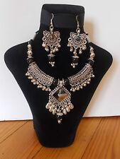 Parure, Collier Tribal et Boucles d'oreille ,  Artisanat Inde,  Kutch Gujarat 16