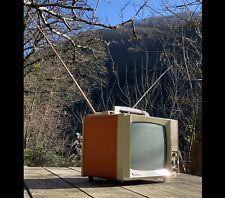 téléviseur portable vintage (1966 ) REELA TV 240