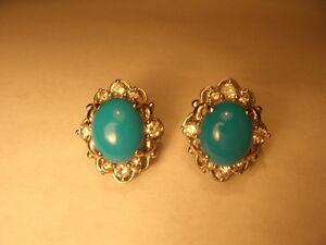 Fabulous Estate 18K White Gold Turquoise Diamond Stud Earrings