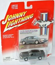 Mustang - 1987 FORD MUSTANG GT 5,0 - anthrazite met. - 1:64 Johnny LIghtning