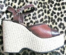 French 1970s Ankle-Strap Wedges Platforms Sandals~Embossed Leather:Alligator~5.5