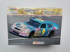 Nascar 1998 #9 Cartoon Network Happy Birthday Ford Taurus Revell 85-4133 1:24