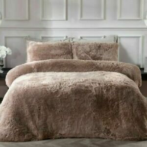 Sleepdown Shaggy fur King Size Duvet Set.. Mink