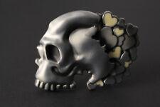 La moitié de crâne avec coulant coeurs métal boucle de ceinture