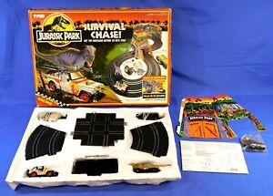 JURASSIC PARK SURVIVAL CHASE SLOT CAR RACETRACK SET TYCO 1992