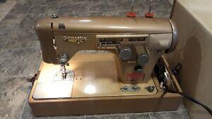 Vintage White ZigZag Sewing Machine w/ Accessories Manual Foot Petal Model 5437