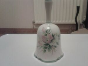 Royal Winton vintage 1977 table bell. Dog Roses(B5)