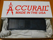 Accurail Ho #3800 (40' Comb Dr. Steel Box) Undec.