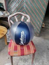Carolinen Wasserball