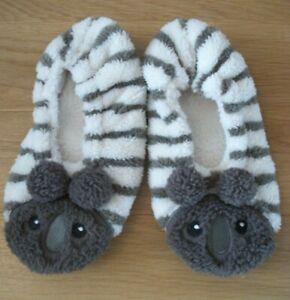 BNWOT Avon ladies girls fluffy koala slippers non slip sole One Size approx 4-6