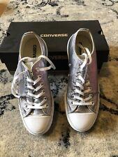 Zapatillas deportivas de mujer Converse de color plata