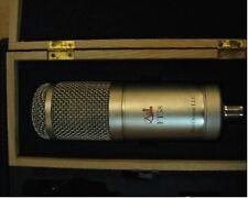 microphone a lampe de  studio , Tube microphone type U47