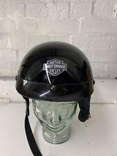 Harley Davidson mitad casco tamaño pequeño utilizado.