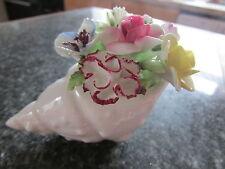 Vintage Royal Doulton fine porcellana cinese Shell con fiore posa