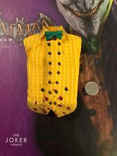 Hot Toys Batman Arkham Asylum VGM27 JOKER Giallo Camicia Loose SCALA 1/6th