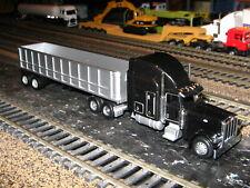 Norscot 25102 Peterbilt 389 Tractor w/Promotex Gravel Trailer 1/87 HO NEW