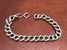 Armband aus Silber, punziert 800, 13g, 25,5cm lang. Schöner Originalzustand.