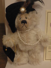 Annette Funicello Mohair Bear Aunt Ruth Victorian Collection #226 of 3000!