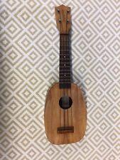 kamaka pineapple ukulele