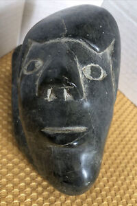 Inuit Art Eskimo carving  Signed Semeomie. E9.960 Canadian