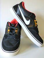 Men's NIKE Ruckus Black Suede Skateboard Shoes Sneakers 555318-076 Size 13 Med.