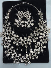 NECKLACE WITH EARRINGS WEDDING DANCE DIAMANTES  SET CRYSTAL STONE SILVER