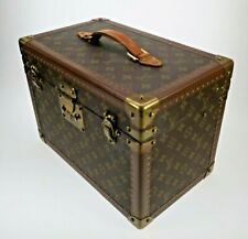 Louis Vuitton Vintage Designer Vanity Case Make Up Soap Bag M21826 LV
