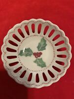 "Andrea by Sadek Mini Round Open Weave Christmas Holly Dish 2 3/4"" Trinket Dish"