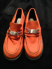 BRAVO BROWN'S WOMAN'S LOAFER STYLE SHOE IN ORANGE SIZE 8 .