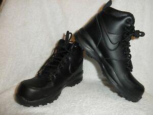 NWOB Grade School Boys Nike Manoa Leather Boots BQ5372-001 Black