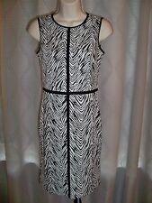 ANN TAYLOR PETITE BLACK AND WHITE SLEEVELESS STRETCH KNIT DRESS 0P NWT $109.99