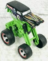 Hot Wheels Monster Jam Grave Digger Truck Black and Green Die-Cast in 1:24 Scale