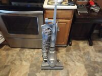 Kirby G7d Ultimate G Diamond Edition - Gray - Upright Cleaner - working