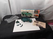 Model Kit Chevrolet 2 Ton Truck