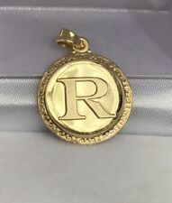 18k Solid Yellow Gold Letter Initial R Round Charm Pendant, 2.57 Grams