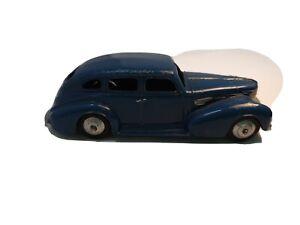 Dinky toys Chyrsler-39e Blue Royal Sedan Model Car - Made in England Meccano LTD