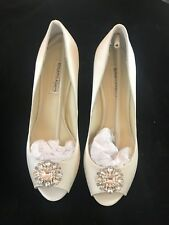 "BNIB BENJAMIN ADAMS Helen Ivory Duchesse Silk Wedding Bridal Shoes 3"" H Size 5"
