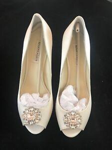 "BNIB BENJAMIN ADAMS Helen Ivory Duchesse Silk Wedding Bridal Shoes 3"" H Size 5"