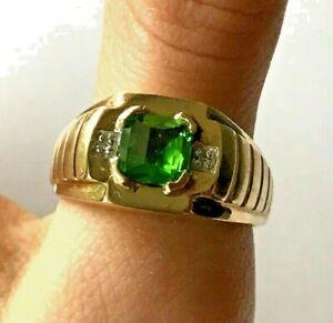 Men's 10K Yellow Gold 7.5mm Cushion Cut Peridot and Diamond Accent Ring, 5.1Gram