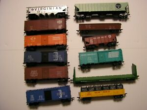 12 Assorted HO Gauge Freight Cars Accurail, Tyco, AHM Athearn