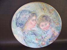 """Colette and Child"" 1973 Collector Plate by Royal Doulton"
