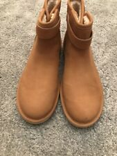 ugg ankle boots size 7.5