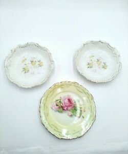 "Mixed lot of (3) Vintage dish plates ""No Brands on Items"""