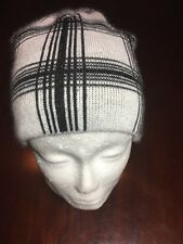 ROXY Black And White One Size Beanie Cap/Hat. TL7